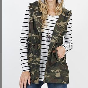 Camo Cargo Vest Hooded Military Green